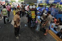 yellow för bangkok protestskjorta Arkivbild