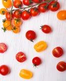 yellow för tomater för Cherryred Fotografering för Bildbyråer
