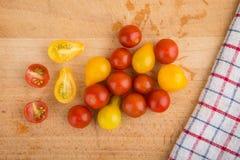 yellow för tomater för Cherryred Royaltyfri Fotografi