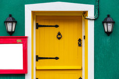 Yellow front door Royalty Free Stock Photos