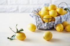 Free Yellow Fruits On Kitchen Table Royalty Free Stock Photo - 109173505