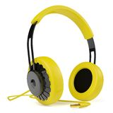Yellow headphones 3D. Icon. Royalty Free Stock Images