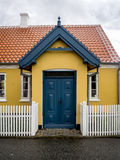 Yellow house in the center of Skagen in jutland Stock Photography