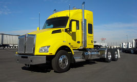 Yellow Kenworth T880 2015 Stock Images