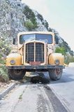 Yellow old truck Royalty Free Stock Images