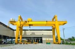 Yellow overhead crane Royalty Free Stock Photography