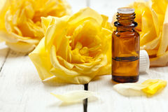 Yellow roses aromatherapy concept Royalty Free Stock Photos