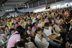Yellow-Shirt Conference in Bangkok Royalty Free Stock Photos