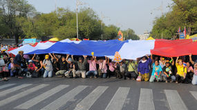 Yellow-Shirt Protest in Bangkok Stock Photos