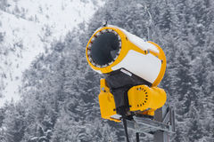 Yellow snow cannon Stock Photography
