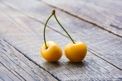 Yellow sweet cherry Royalty Free Stock Images