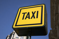 Yellow Taxi Sign Royalty Free Stock Photos