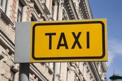 Yellow Taxi Sign Royalty Free Stock Photos