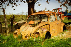 Yellow Volkswagen beetle Royalty Free Stock Photography