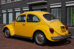 Yellow Volkswagen Kafer - Classic VW Beetle Royalty Free Stock Images