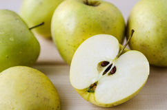 Yellow wet fresh apples Royalty Free Stock Photos
