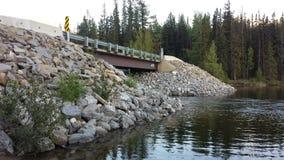Yellowhead湖桥梁 图库摄影