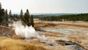 yellowstone Αφηρημένο τοπίο χρώματος των λιμνών και geysers Στοκ Εικόνα