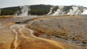 yellowstone Αφηρημένο τοπίο χρώματος των λιμνών και geysers Στοκ φωτογραφίες με δικαίωμα ελεύθερης χρήσης