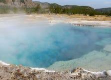 yellowstone El lago y el vapor volcánicos Imagen de archivo