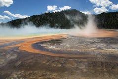 Yellowstone parka narodowego termiczne cechy gejzery obrazy royalty free