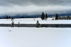 Yellowstone-Winter-Schnee Madison River Lizenzfreies Stockfoto