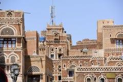 yemen Architecture traditionnelle de vieille ville à Sanaa Image stock