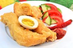Yemeni Voedsel - Jachnun stock foto