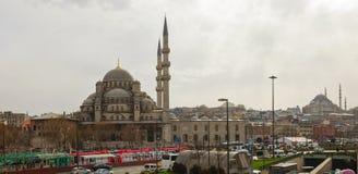 Yeni Cami (de Nieuwe Moskee) in Istanboel Stock Afbeeldingen