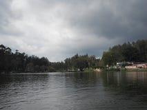 Yercaud sjö i Tamil Nadu, en tyst liten stad i sydliga Indien Royaltyfri Foto
