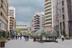 YEREVAN, ARMENIA-MAY 02: Północna aleja w Yerevan na Maju 02, 2016 Zdjęcia Stock