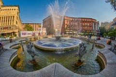 YEREVAN, ARMENIA - 05 2017 SIERPIEŃ: Charles Aznavour kwadrat wewnątrz Zdjęcie Stock