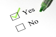 Yes no. The close-up of a pen and white checklist with a checkboxes with words yes and no Royalty Free Stock Photography
