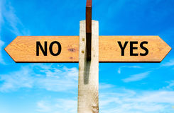 YES and No messages, Decisional conceptual image Royalty Free Stock Photography