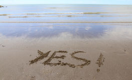 YES written on the beach Royalty Free Stock Photography