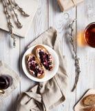 Хлеб со студнем масла и ежевики стоковая фотография rf