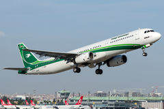 YI-AGS Iraqi Airways, Airbus A321-200 Stockfotografie