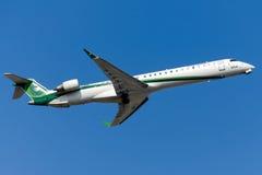 YI-AQA Iraqi Airways bombardier CRJ-900LR Fotografia Stock