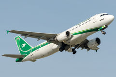 YI-ARD Iraqi Airways, Airbus A320-214 royalty free stock photography