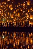 Yi Peng festival i Chiang Mai, Thailand Royaltyfria Bilder