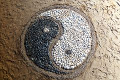 Yin e yang das pedras imagens de stock