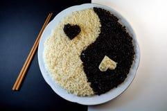 yin för porslin e yang arkivfoton