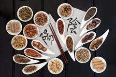 Yin och Yang Herbs royaltyfria bilder
