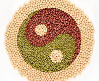 Yin Yang Bohnen Stockbild