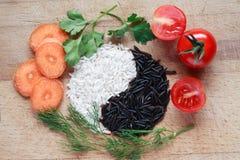 Yin Yang Rice Symbol royaltyfria bilder
