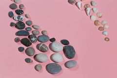Yin Yang symbol, reprezentuje równowagę w życiu Odg?rnego widoku strza? fotografia royalty free