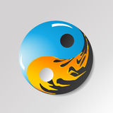 Yin yang symbol with water and fire Royalty Free Stock Photos