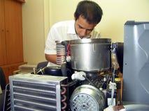 inżyniera naprawiania maszyna Fotografia Royalty Free