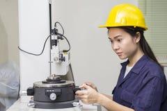 Inżyniera ustawiania probiercza maszyna Obrazy Royalty Free