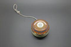 Yo-yo d'annata con cordicella fotografia stock